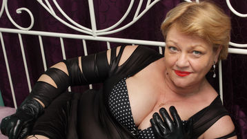 XHoneyLadyX's hot webcam show – Mature Woman on Jasmin