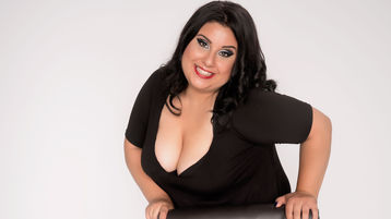 Show-ul fierbinte al lui SoniaHill – Fata pe Jasmin