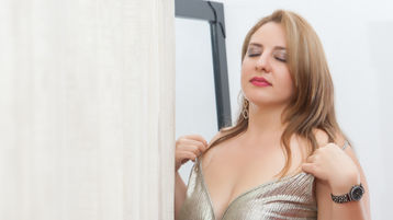 CarlaMillers's hot webcam show – Mature Woman on Jasmin