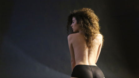 CurlyJessa | LiveSexAsian