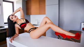 Show-ul fierbinte al lui RenataCharles – Fata pe Jasmin
