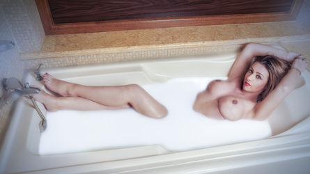 Christinaash | MaturesCam