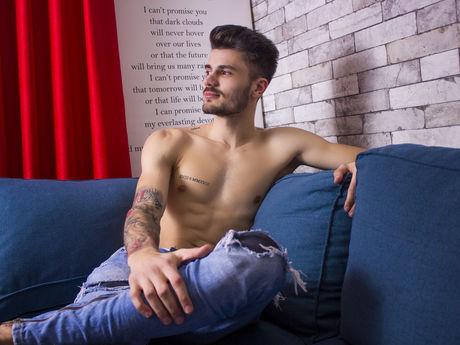 ZyanRiggs | Adam4cams