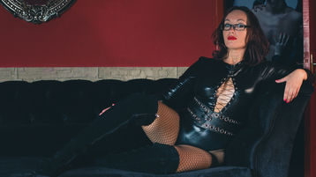 Sexy show su webcam di YzandaSlave – Fetish su Jasmin