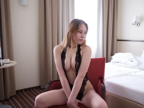 hottLeilaXX | Hottestgirlslive
