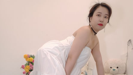 JeniferHoang