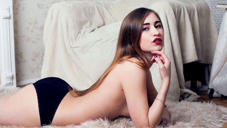 BeautyKirsten | Proncams
