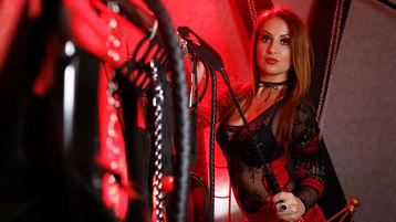 Sexy show su webcam di QueenKarla – Fetish su Jasmin