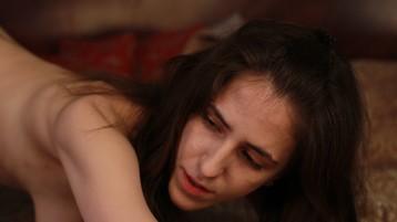 Show-ul fierbinte al lui Mellita – Fata pe Jasmin