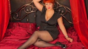 Show-ul fierbinte al lui IngridSexyBody – Femeie Matura pe Jasmin