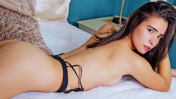 Show fierbinte la webcam AllyBiel  – Fata pe Jasmin