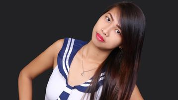 Show fierbinte la webcam aickalovely  – Fata pe Jasmin