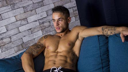 Ilmaista seuraa alastonsuomi gay tunnukset