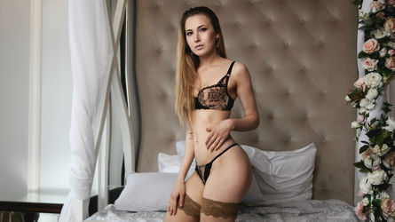 CuteBombVictoria's profile picture – Girl on LiveJasmin
