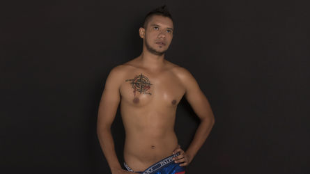 BIGZEHUZ's profile picture – Gay on LiveJasmin