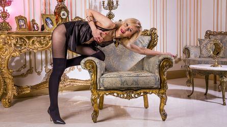 LuxuryKiss