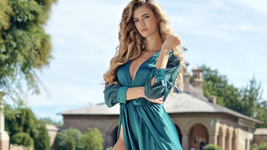 LilyReyes's Profilbild – Mädchen auf LiveJasmin
