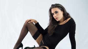 Show fierbinte la webcam ZOEBRUNETTETS  – Transsexual pe Jasmin