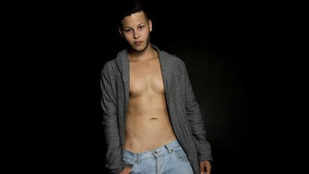 LukaChardin's profile picture – Gay on LiveJasmin