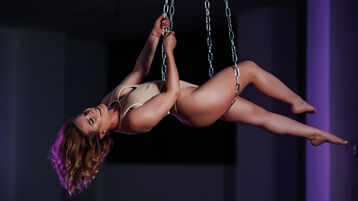 JessieBond's hot webcam show – Hot Flirt on Jasmin