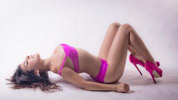 Gorący pokaz SassyBriggetteXx – Dziewczyny na Jasmin