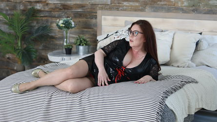 BoobsPleasurexxx's profile picture – Mature Woman on LiveJasmin