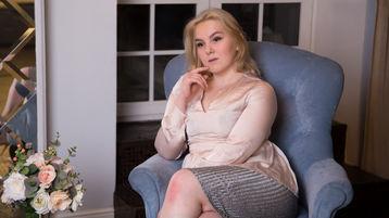 CarlyHotBlond:n kuuma kamera-show – Kuuma Flirtti sivulla Jasmin