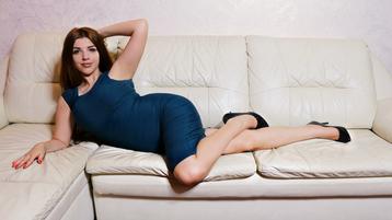 SilviaRainbows hete nettkamera show – Het flirt på Jasmin