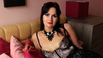 MilenaVishes's heta webbkam show – Mogen Kvinna på Jasmin