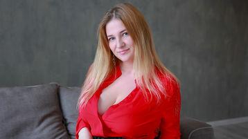CurvyIsa tüzes webkamerás műsora – Lány Jasmin oldalon