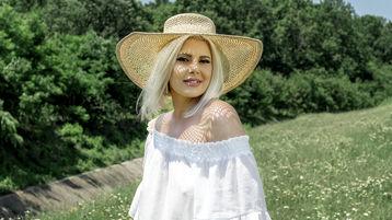 AbbyColinss のホットなウェブカムショー – Jasminの熟女