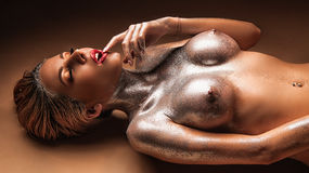 AlliyeGlow sexy webcam show – Sexy flirt na LiveJasmin