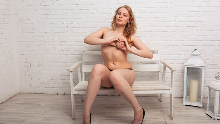 SuzanLike's profile picture – Girl on LiveJasmin
