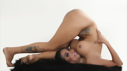 FLEXIBLEhOrnyXxx's profile picture – Transgender on LiveJasmin