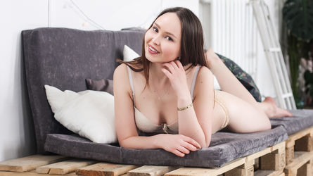 PrettyBBMolly's profile picture – Girl on LiveJasmin