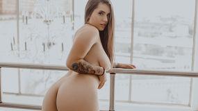 AryannaBlue's hot webcam show – Girl on LiveJasmin