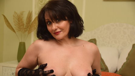 DivinneGrace's profile picture – Mature Woman on LiveJasmin