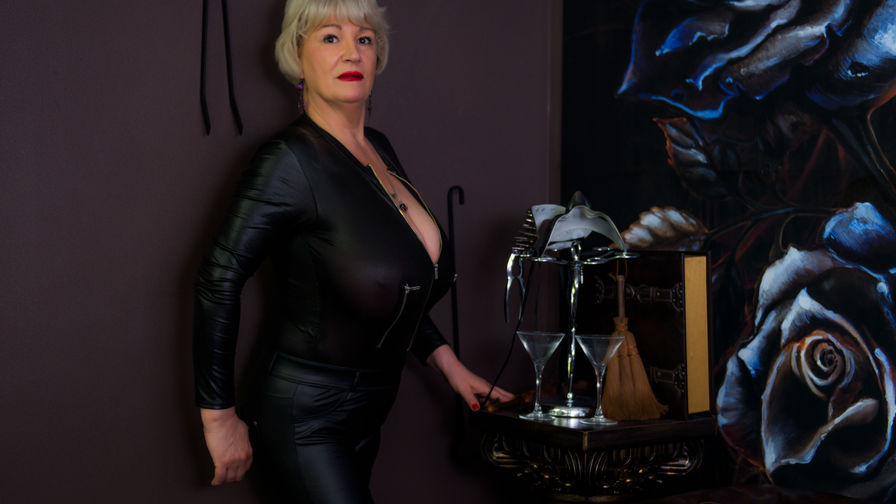 LaylaMilf's profile picture – Mature Woman on LiveJasmin