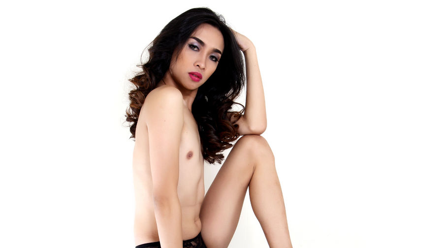 Foto de perfil de EIGHTinchesMARIA – Transgénero em LiveJasmin