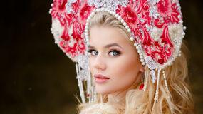 LucretiaPhos のホットなウェブカムショー – Jasminのいちゃつく