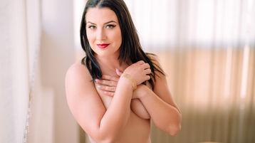 Show fierbinte la webcam ChristyAusten  – Fata pe Jasmin