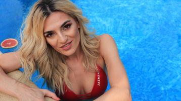MissNikolee's hot webcam show – Girl on Jasmin