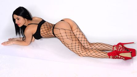 XOXnellyXOX's profile picture – Girl on LiveJasmin