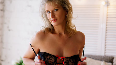 LadyHelga4u's profile picture – Mature Woman on LiveJasmin