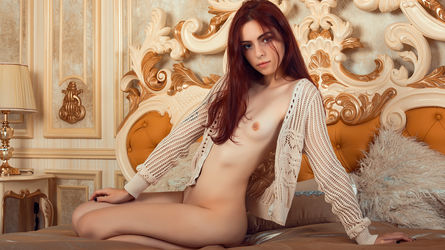 HayleyLee