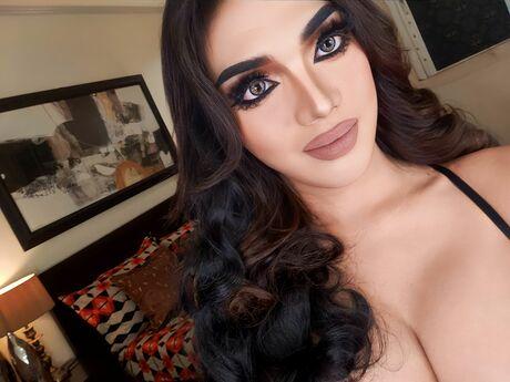 pyllyn nuolenta webcam live sex