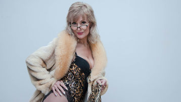 SexyNancyDixie のホットなウェブカムショー – Jasminのガールズ