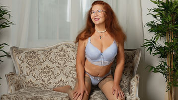 JuicySandyMilf's hot webcam show – Mature Woman on Jasmin