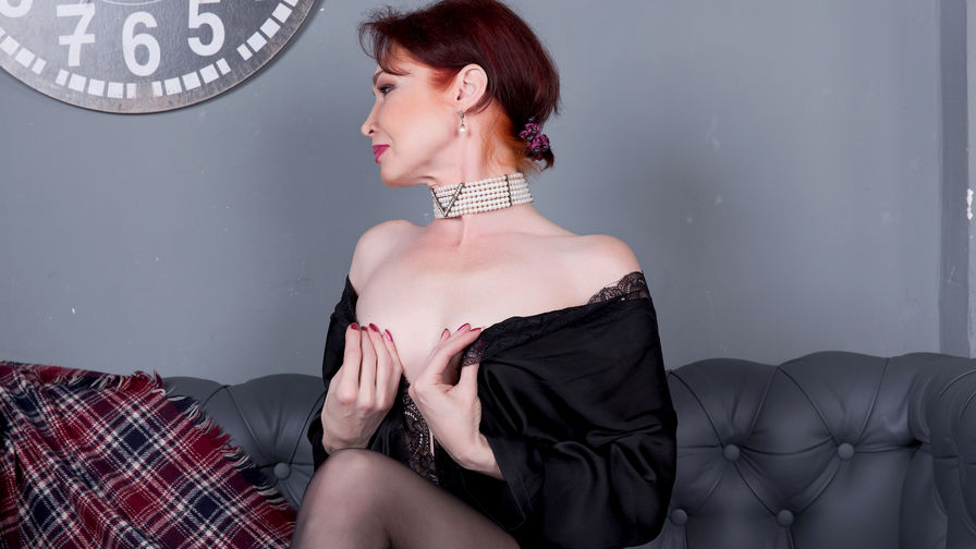 firemilf's profile picture – Mature Woman on LiveJasmin