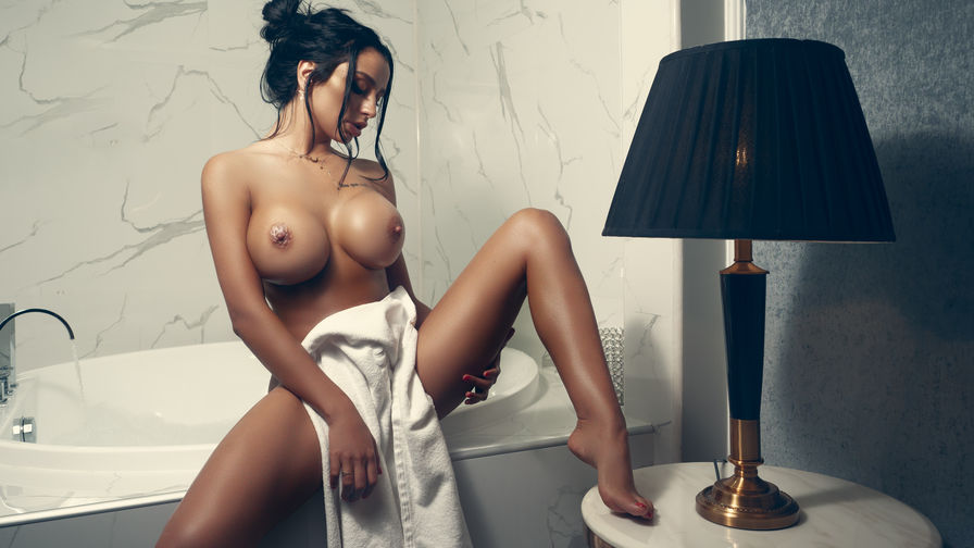 nicolebellaa's profile picture – Girl on LiveJasmin